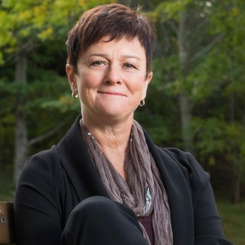 Maple Key Coaching | Executive Conflict, Management, Team Dynamics | Bette Watson-Borg | Halifax Nova-Scotia | Bette Watson-Borg Headshot